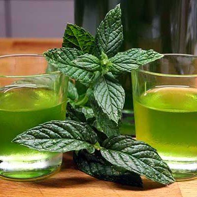 liquore alla menta piperita